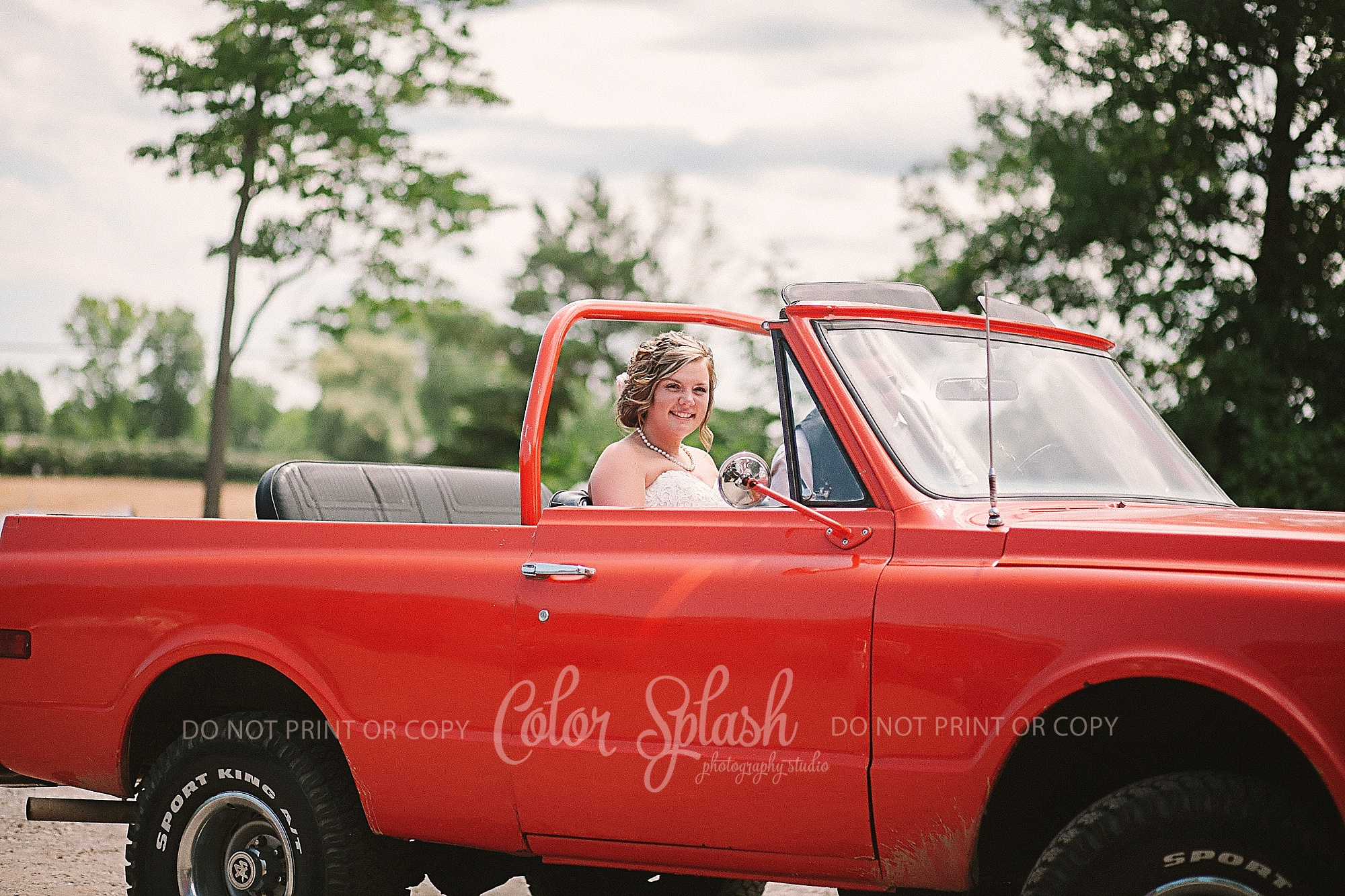 saugatuck-red-barn-wedding_0040