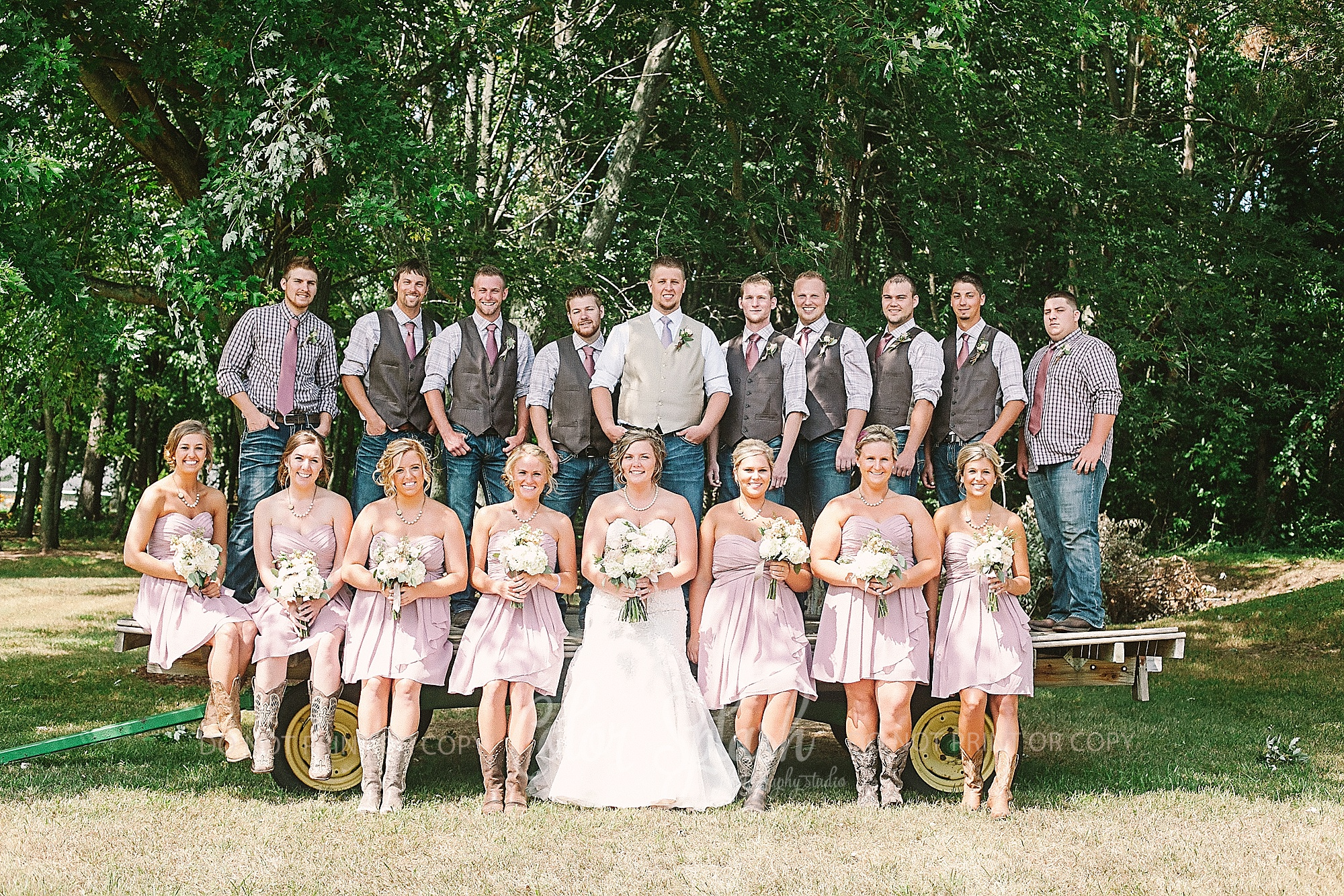 saugatuck-red-barn-wedding_0056