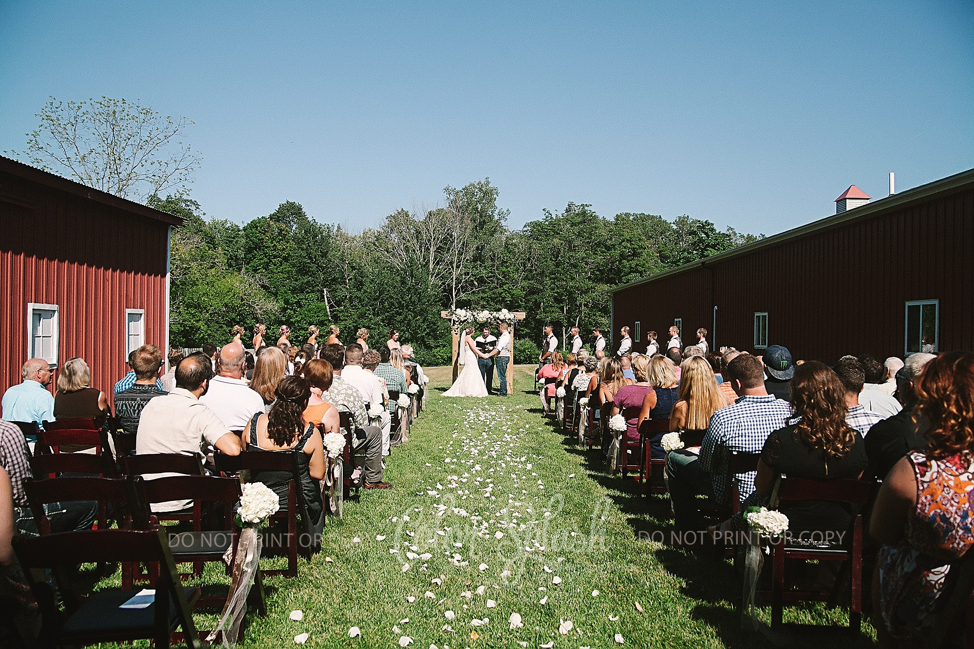 saugatuck-red-barn-wedding_0065