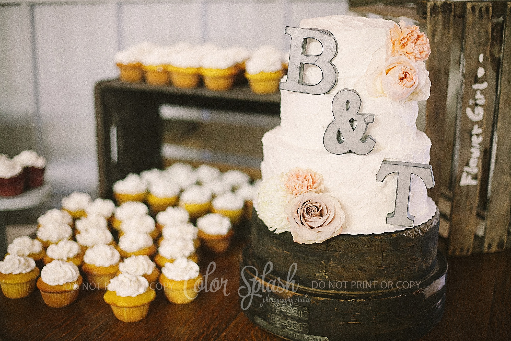 saugatuck-red-barn-wedding_0069
