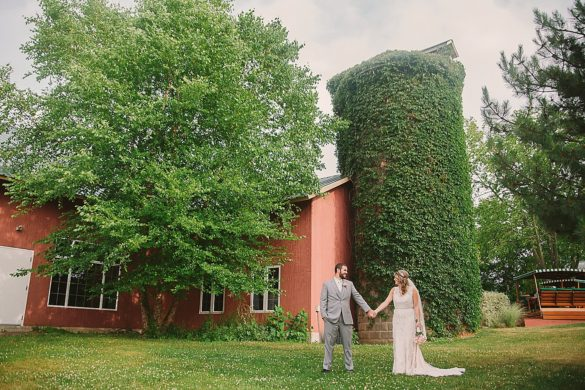wedding-at-the-silo-allegan-michigan_0837