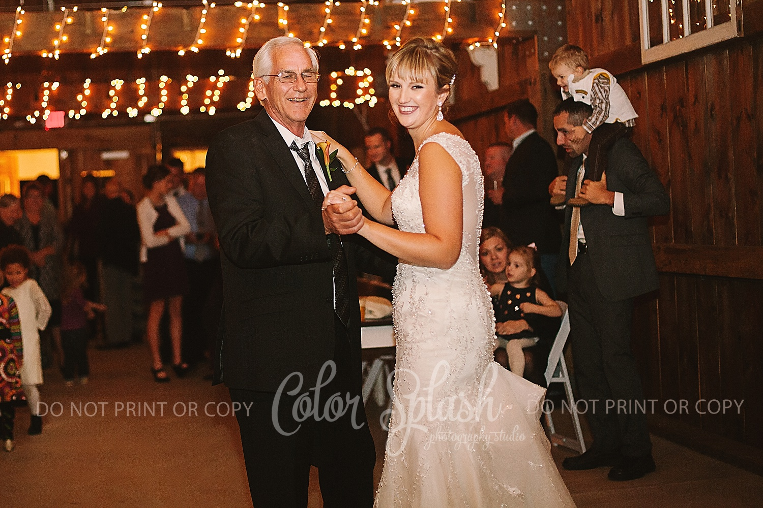 allegan-mi-barn-wedding_1237